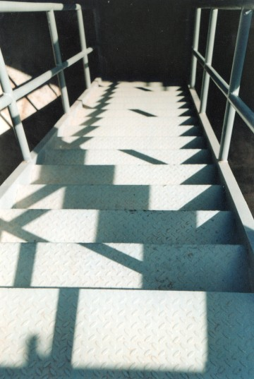 steps and shadows063